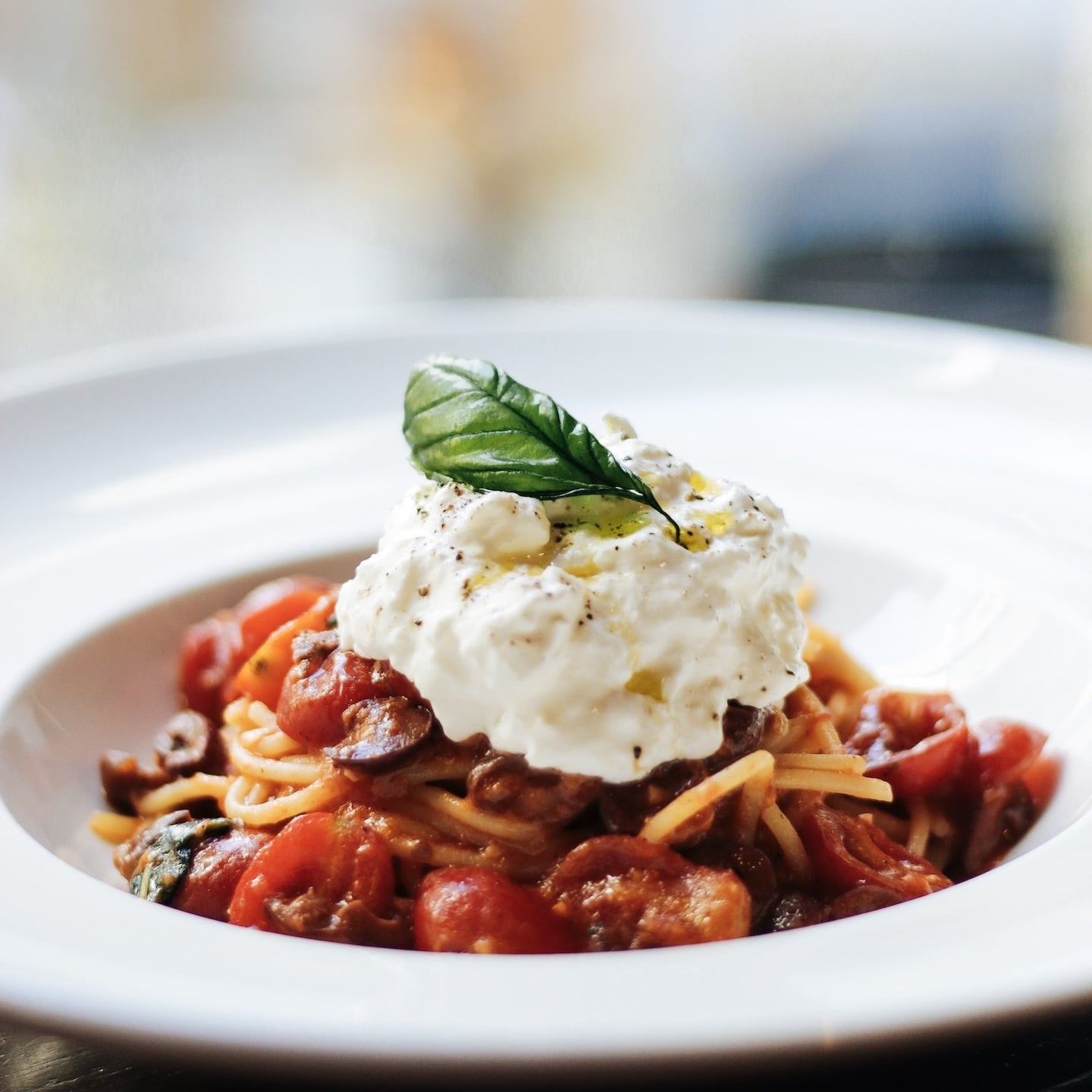Spaghetti Recipe With Fresh Cherry Tomatoes And Burrata