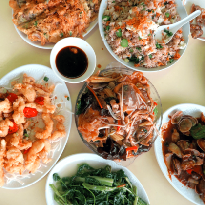 Hikes That End With A Meal: Wah Kee Restaurant